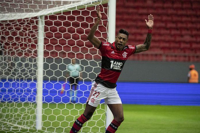 Eugênio Leal: 'Antes de pensar na Seleção, Bruno Henrique tem que focar no clube'