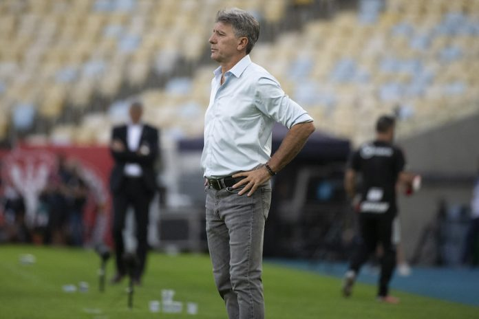 Flamengo marcou mais gols com Renato Gaúcho do que o Grêmio em todo campeonato
