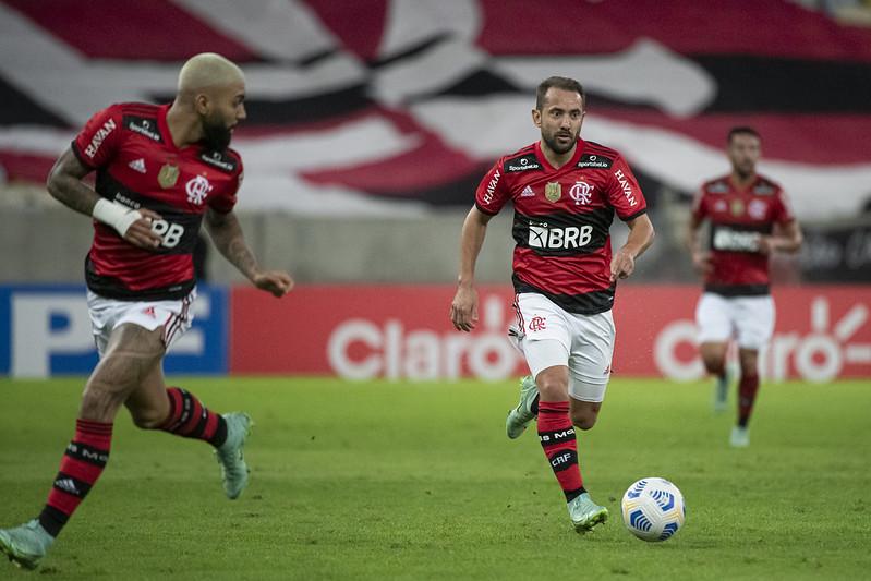 Análise Tática: Corinthians 1 x 3 Flamengo