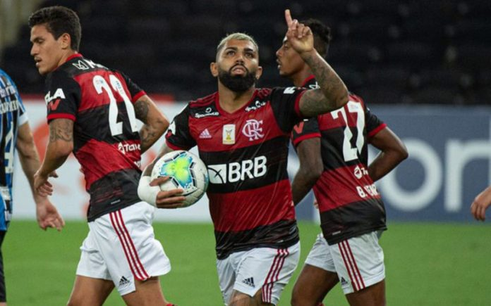 Atacantes do Flamengo alcançam marca impressionante no Brasileirão