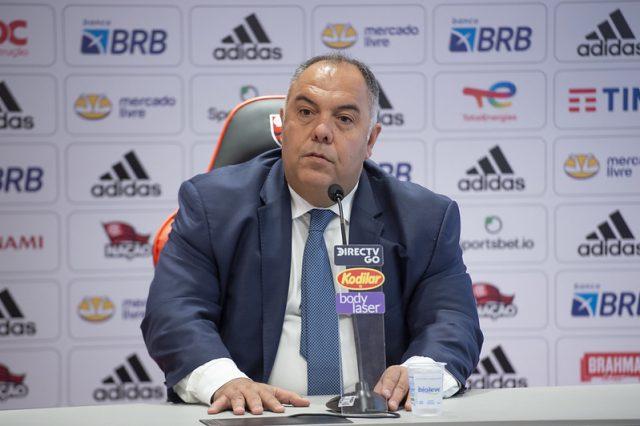 Marcos Braz faz postagem misteriosa em rede social e torcedores começam a especular Daniel Alves no Flamengo.